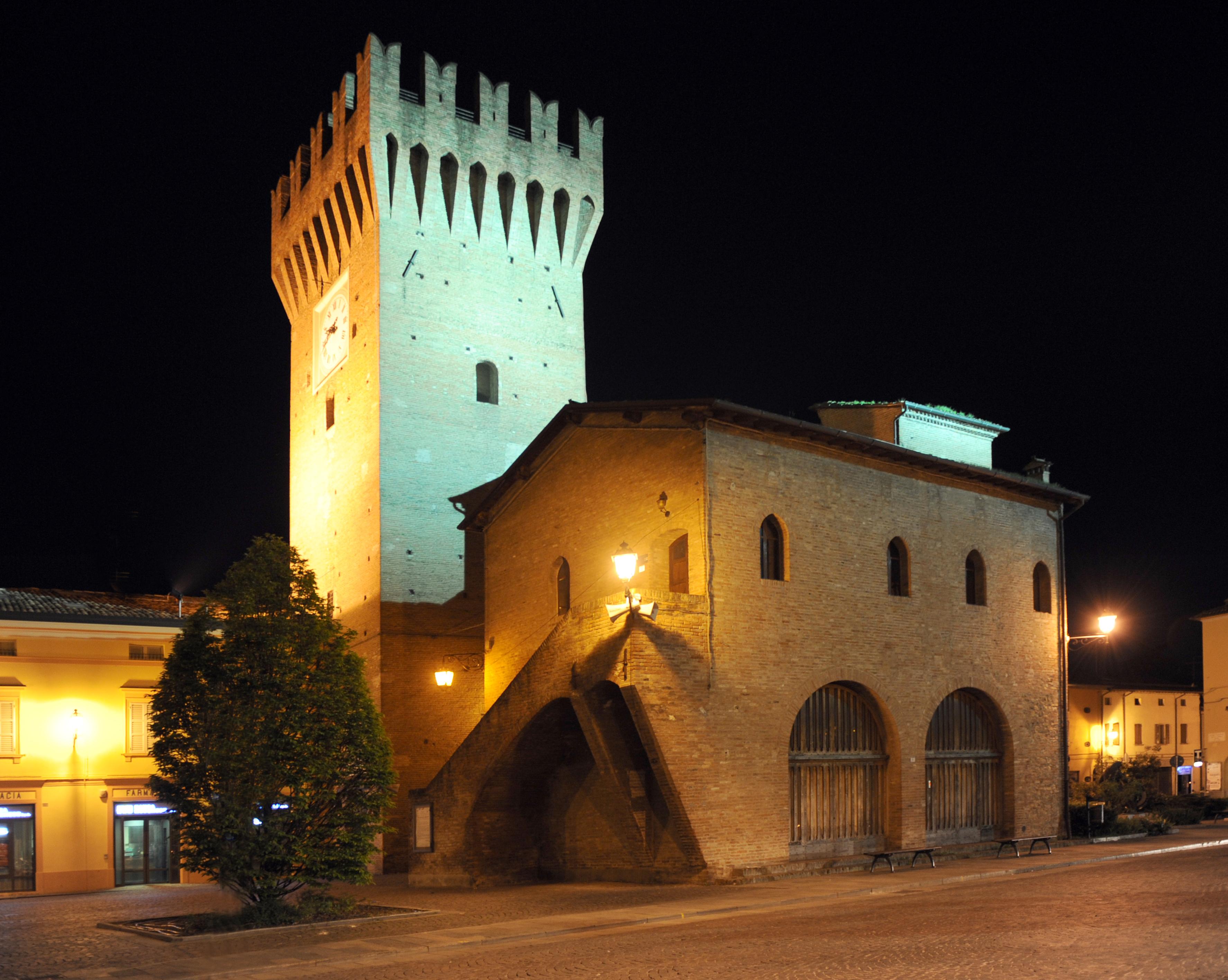 Torrione medioevale comune di spilamberto un paese da for Piani di casa castello medievale